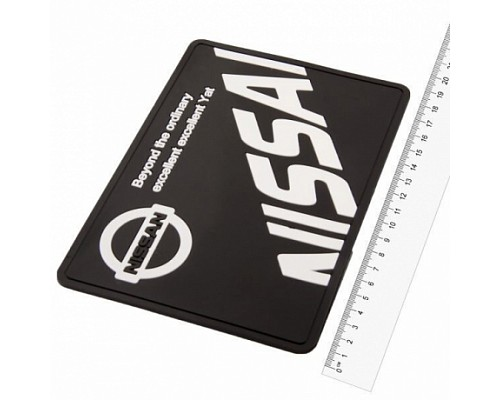Коврик панели противоскользящий SW плоский с логотипом 190*125*3мм Nissan